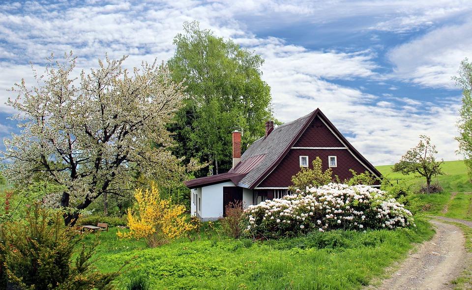 Quels documents obligatoires pour vendre une maison ?